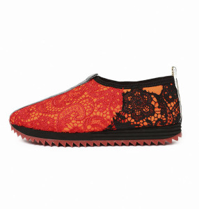 _0015__0000_0603CHICKERS ORANGE FLOU - LACA BLACK, RED